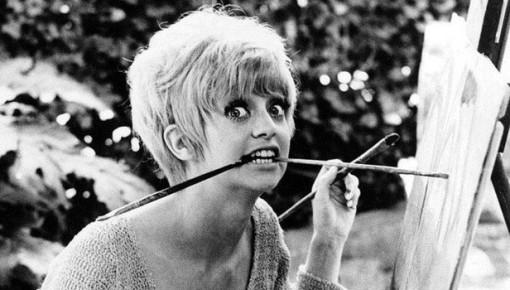 Красивые фотографии молодой Голди Хоун